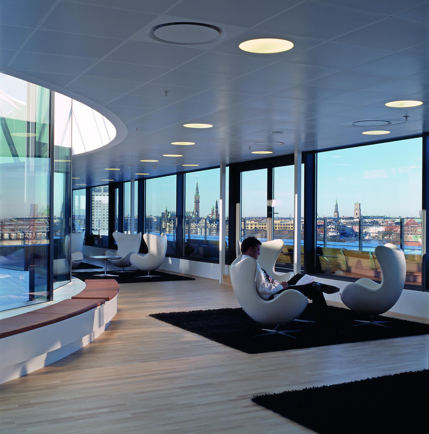 700.000.000.000 kr. leder efter investeringer i Danmark